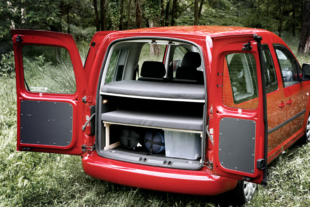 pin cama vw caddy tramper on pinterest. Black Bedroom Furniture Sets. Home Design Ideas
